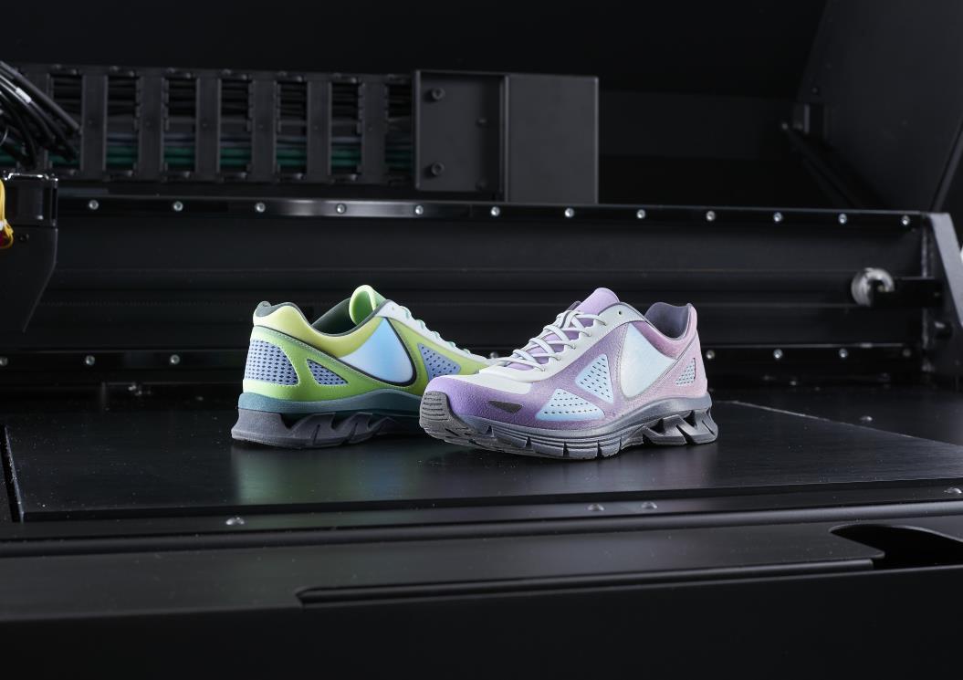 J750-Shoes-3-2